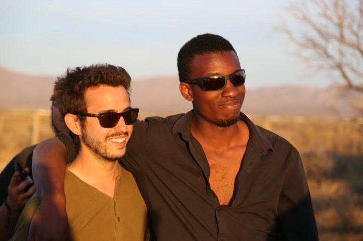 Karnes and Alexander on the set of Buffalo.